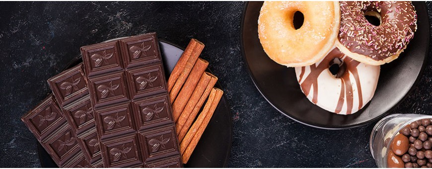 Biscuit and chocolate